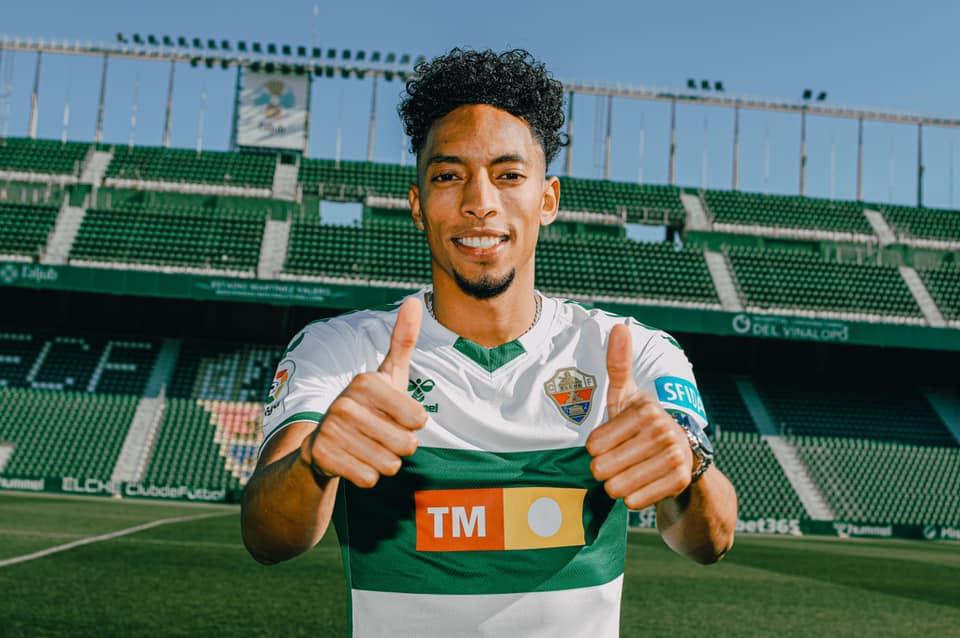 Johan Mojica signe à Elche | 18.01.2021